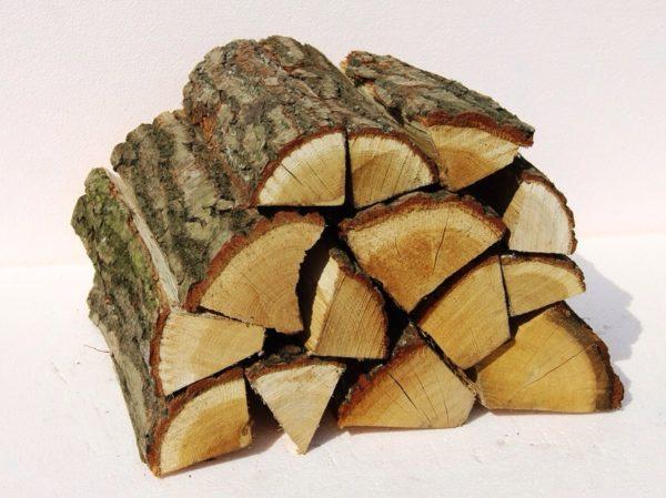 Kiln dried oak logs