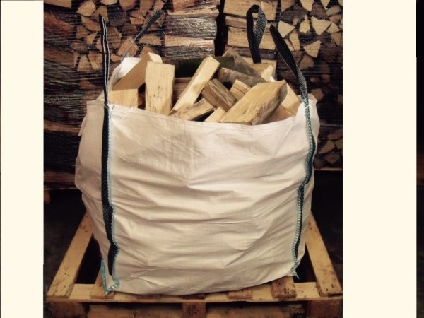 Kiln dried logs in a bulk bag